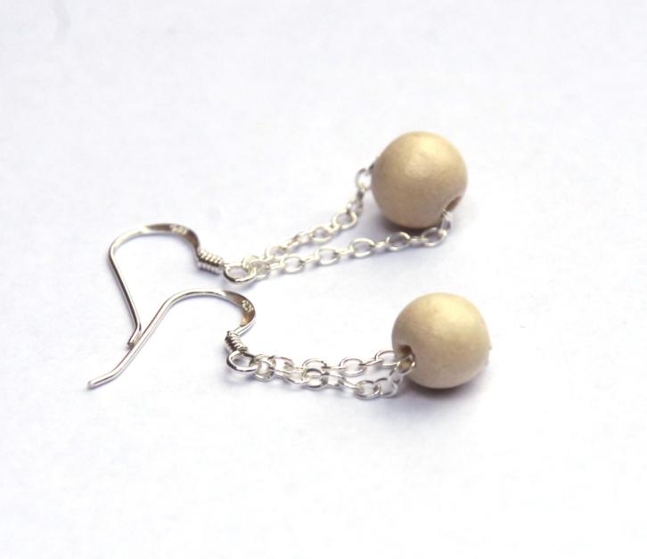 wooden-bead-earrings-2