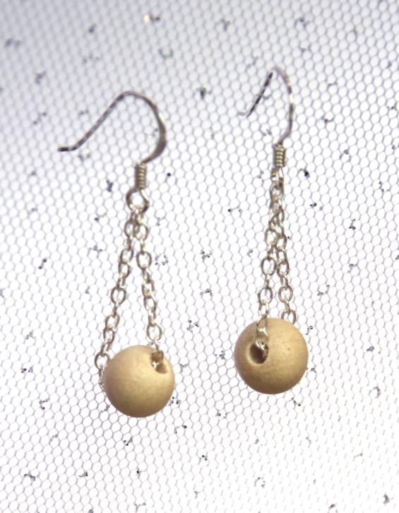 wooden-bead-earrings